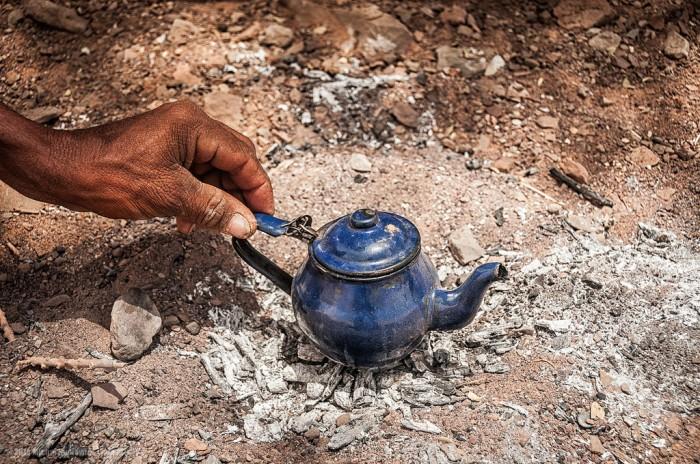mauritarian teapot